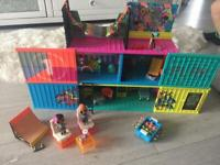 Lol surprise club house with 2 dolls and extra accessories
