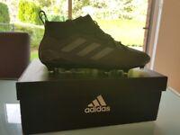 Adidas 17.1 FG Black Football Boots Size 9.5