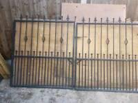 Set of heavy gates