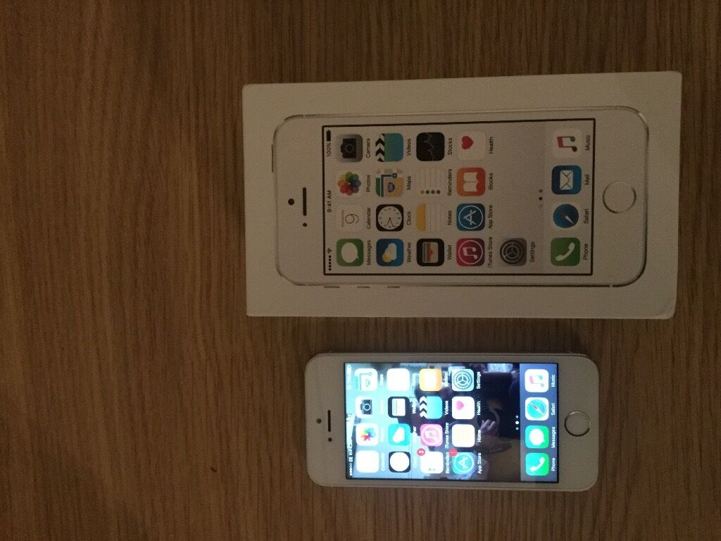 iPhone 16gb in white on EE boxed with original chargerin Blackwood, CaerphillyGumtree - iPhone 5s boxed with original charger screen immaculate and case in good condition £120 no offers or may swap and add a little cash for the right phone