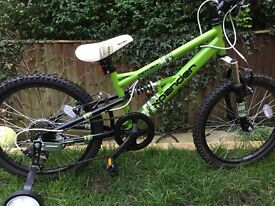 Child's bike (new) 6-8 years