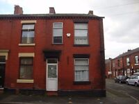 16 Russell Street, 3 Bedrooms Available August