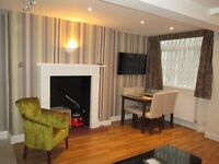 Holiday Apartment / A very large and spacious 1 bedroom modern apartment, sleeps up to 4
