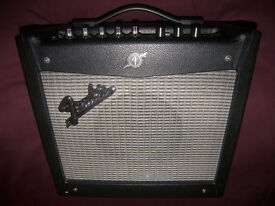 """Fender Mustang I V.2 1x8"""" Modelling Amp Combo Digital Modelling Amp with effects and more!"""