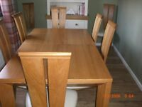 French Oak Dinning Table & Chairs.