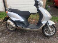 Piaggio Fly 50cc moped Scooter not Hondas gilera yamaha Peugeot vespa