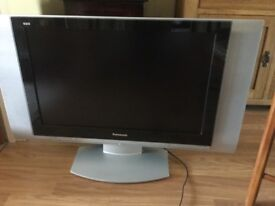 """PANASONIC LCD TV 32"""" good working order Scart plugs but can get a HDMI converter for it"""