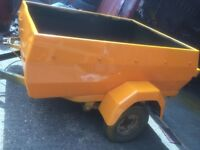 small trailer in good condition
