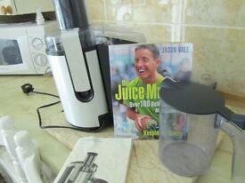 Philips Whole Fruit and Veg Juicer