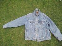 Mens Levi Jacket XL Good Condition North Leeds