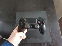 500gb Playstation 4 - with controller - Model CUH-1216A