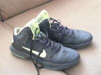 Nike basketball sneakers size 8.5 (men's)
