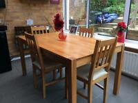 Beautiful Solid Oak Table and Four Chairs