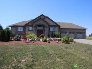 $785,000 - Raised Bungalow for sale in Wainfleet