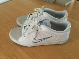 Womens Nike Trainers size 6