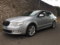 STUNNING 2011 SKODA SUPERB 2.0 TDI SE, LOOKS AND DRIVES LIKE NEW! ABSOLUTELY FAULTLESS THROUGHOUT!