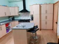 Kitchen units and dishwasher