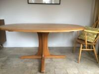 Errol Southwold Dining Table Excellent Condition Seats 6 to 8