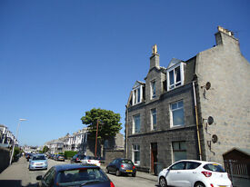 4 Elmfield Ave Large One Bedroom Flat Old Aberdeen University ARI 1 Bed Free Parking For Sale