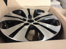 "3x kia alloy wheels, 18"" 52910 3w 710, new, slight water damge in storage, easy refeb"