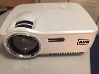 AUN Projector Upgraded AM01S 1800 Lumens ONLY £60