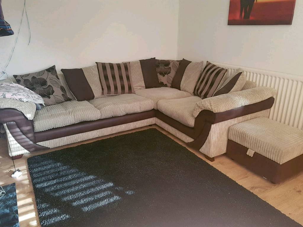 Lovely corner sofa with sofa bed