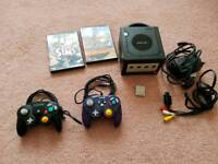 Nintendo Game cube 2 controllers 2 games and memory card