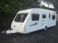 Swift Charisma 565 Cris Reg 2011 3x Fixed Beds 6 Berth Caravan + Porch Awning