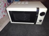 Cream retro microwave