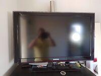 32'' Samsung LCD TV