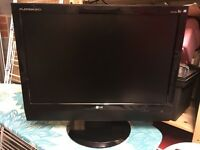 LG Tv for sale, perfect working order and VGC, been a guest room TV.