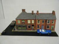 Model Railway Diorama of Metcalfe Terraced Houses & Railway Inn 00 Gauge - part2