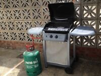 Barbeque with gas cylinder excellent condition. Used once only
