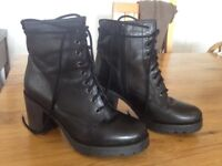 Topshop black lace up boots size 5