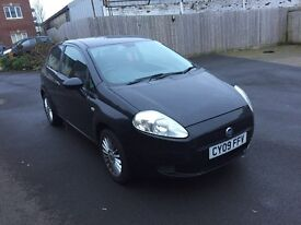Fiat punto Grande 09 facelift model in black ,very low miles , long mot px welcome