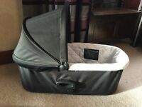 Baby jogger carry cot deluxe
