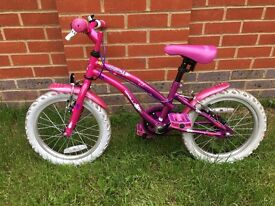 Girl's Bicycle 105-117cm (4-6 yrs old) with stabilisers to help learn if required