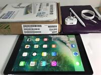 iPad Pro 9.7 cellular 32GB black unlock any networks. New! With appl pen! Great condition!