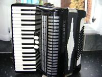 HOHNER CONCERTO 11N LIGHTWEIGHT 72 BASS ACCORDION