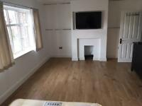 Chigwell Ensuite For Rent