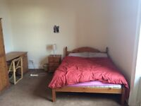 55SR twin room with en-suite £450 plus bills no deposit, move in today