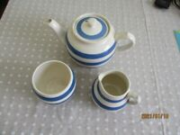 Vintage Sadler teapot milk jug sugar bowl Blue and White