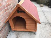 Medium sized dog kennel in vgc