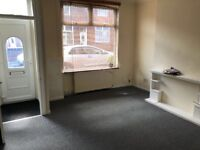 2 bed terraced house in Farnworth, Bolton. £475 pcm. Working tenants only please