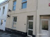 2 Bedroom Residential Top Floor Flat - 37 Cecil Street - AVAILABLE NOW