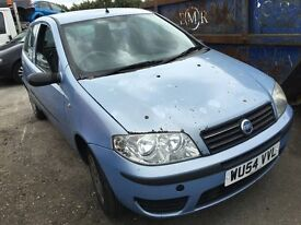 2004 FIAT PUNTO 8V ACTIVE (MANUAL PETROL)- FOR PARTS ONLY
