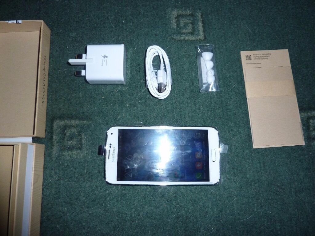 galaxy s5 smart phonein Trowbridge, WiltshireGumtree - galaxy s5 in good working order its white in colour and comes with a pink case some cosmetic wear but like I say it works just fine