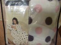 Ladies Fleece Blanket With Sleeves