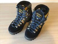 Women's Meindl Walking Boots. Revolution Air. Size 4.5. Blue. Excellent Condition