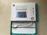 iPad mini Logitech keyboard